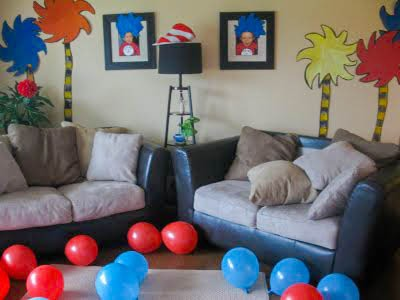 dr seuss birthday party living room decorations