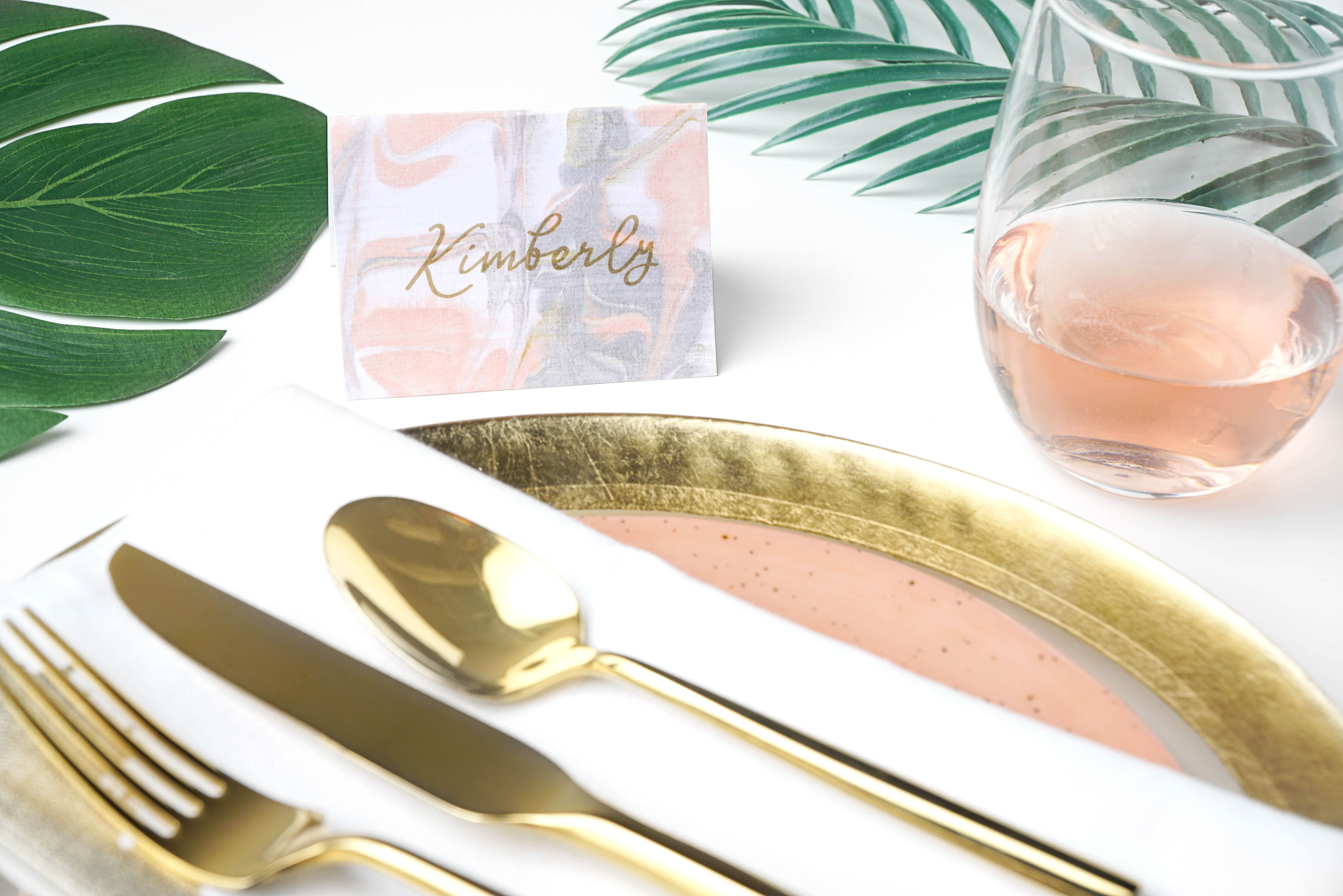 How to make marbled place cards #DIY #tablescape #partytips