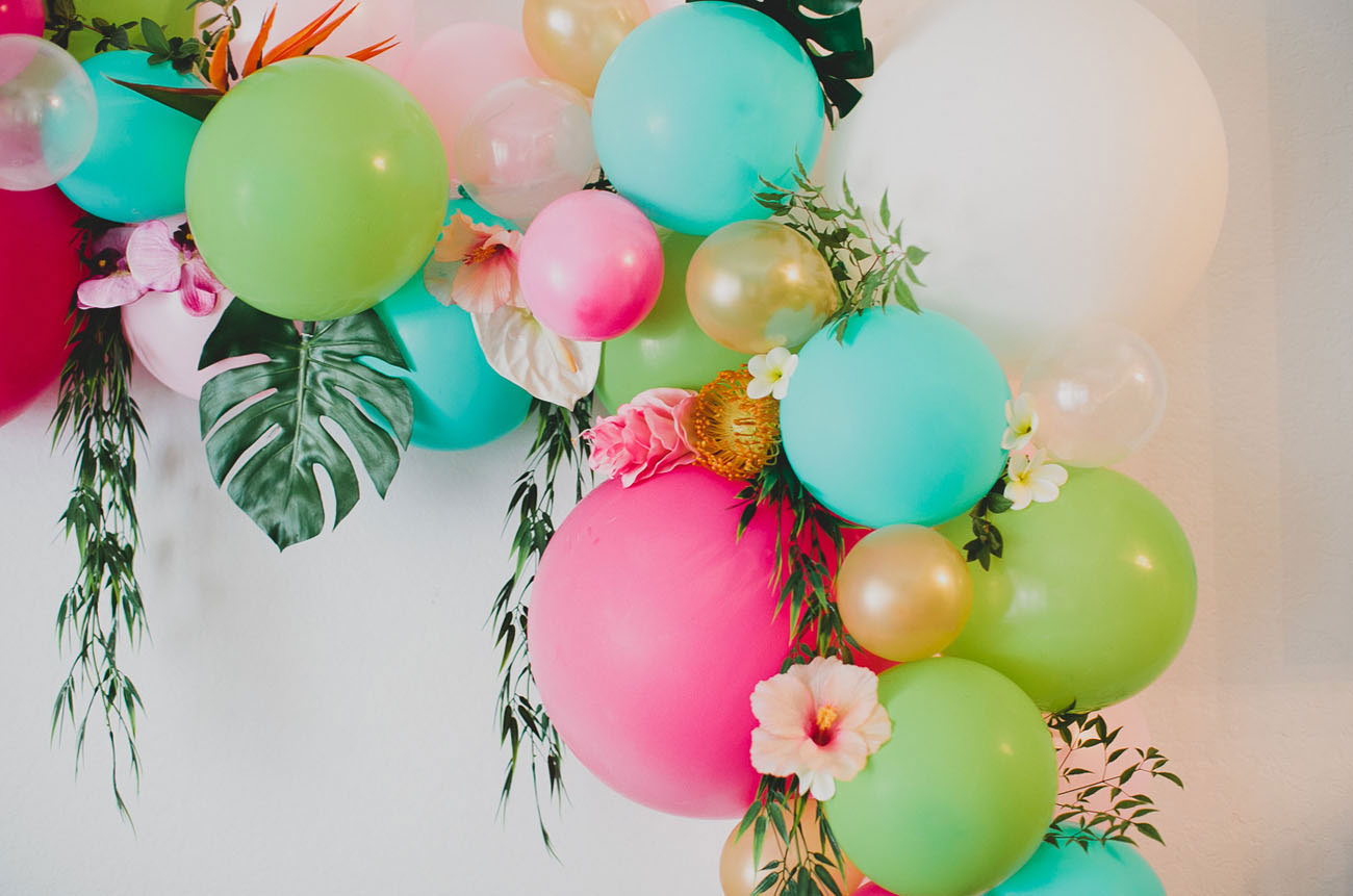 Chic Diy Party Decorations That Even You Can Do Sendo Invitations