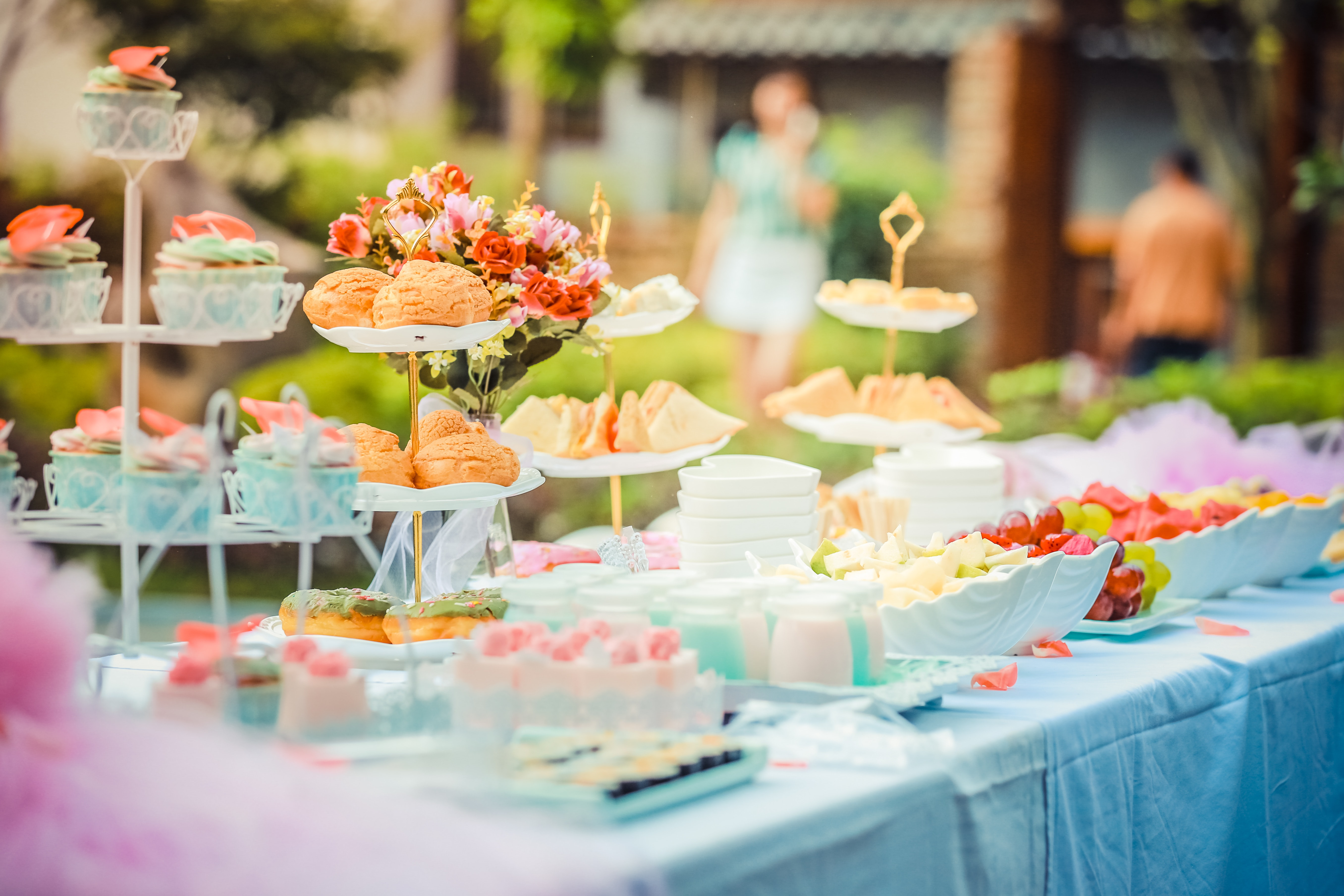 Your Complete Guide to throw a Baby Shower #babyshower #babyshowerideas