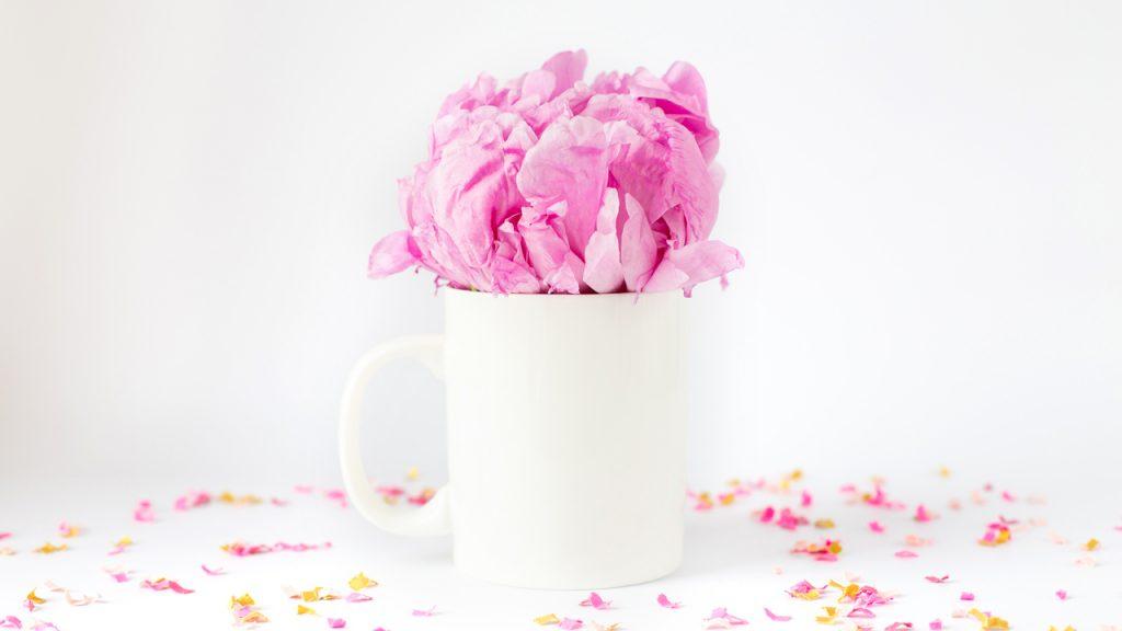 Flower Mug Zoom Party Background | Sendo Invitations