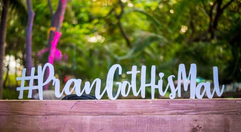 How to Write Your Own Wedding Hashtags | Sendo Invitations